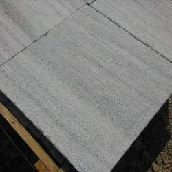 Kamień ogrodowy gnejsowy