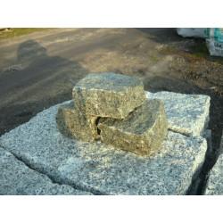 Kamień gnejsowy otoczony 100-150mm